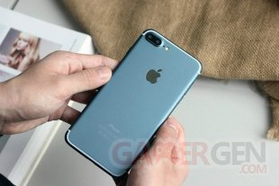 Apple iPhone7 bleu