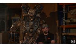 DOOM sculpture bois tronc?onneuse