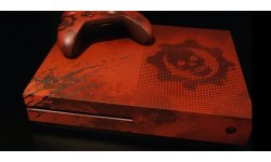 Gears of War 4 Xbox One S head