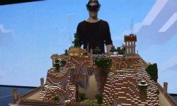 HoloLens Minecraft head