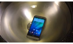 htc one m8 eau water resistant evier