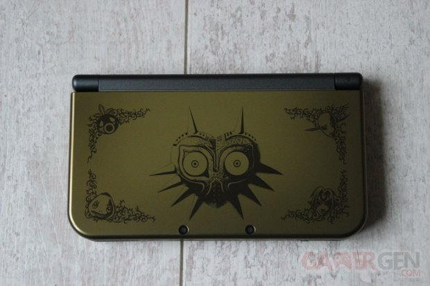 IMG 2814Majora's Mask 3DS XL Collector GamerGen