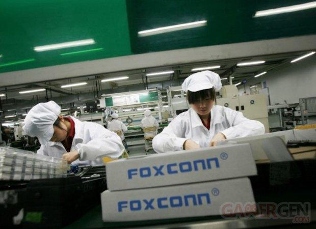 iphone foxconn robots 10.07.2014