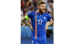 islande iceland midfielder foot 800x1085p