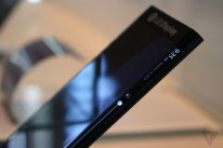 LG Display prototype ecran incurve note edge like theverge  (6)