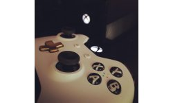 Manette Xbox One Lunar White image 2