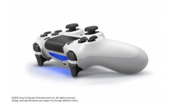 Playstation PS4 blanche 10.05.2014  (5)