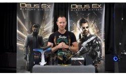 UNBOXING   Deus Ex Mankind Divided   Le directeur du jeu présente Édition Collector en vidéo