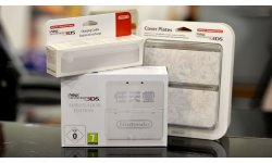 unboxing new nintendo 3DS Ambassador Edition 043