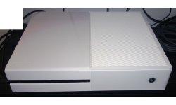 Xbox One devkit blanc