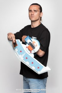 Antoine Griezmann ambassadeur officiel jeu de cartes à jouer Yu Gi Oh 01