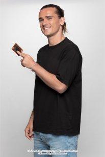 Antoine Griezmann ambassadeur officiel jeu de cartes à jouer Yu Gi Oh 02