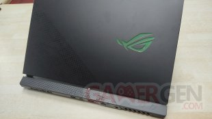 ASUS ROG Scar 17 2021 Photos (3)