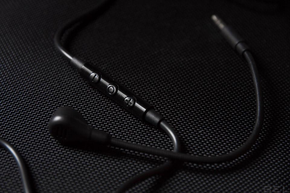 TEST – Axent Wear Cat Ear Headphones : le casque futuriste