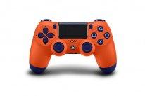 DualShock 4 Sunset Orange pic 1