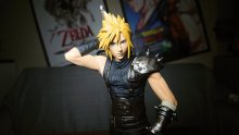 Final Fantasy VII Remake figurine unboxing deballage Cloud (35)