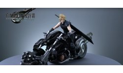 Final Fantasy VII Remake   First Class Play Arts Kai Cloud Strife et Hardy Daytona