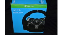 G920 Logitech Driving Force Volant Xbox One0005