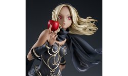 Gravity Rush figurines Kat 12.05.2014  (3)