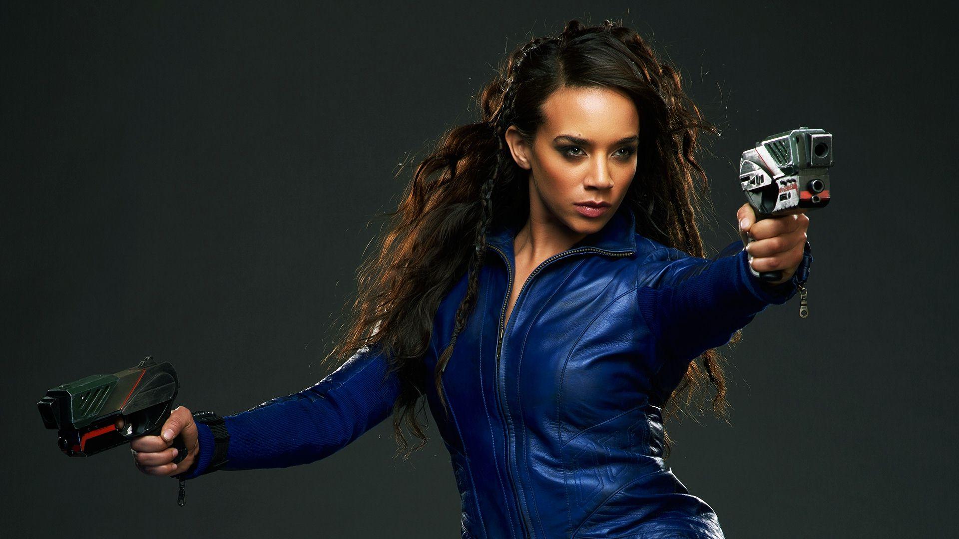 Hannah John-Kamen Joins Alicia Vikander In Tomb Raider