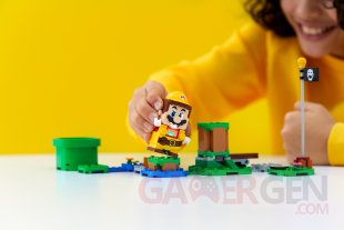 LEGO Super Mario Power Up Packs head 2