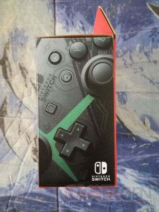 Manette Pro Controller Switch Xenoblade Chronicles 2 unboxing déballage 03 30 12 2017