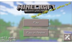 Minecraft Pocket Edition 0 7 3 Android yellow text
