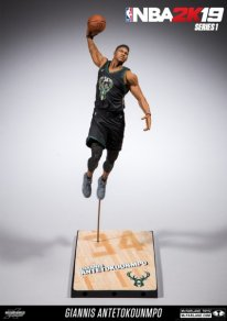NBA 2K19 Figures Series 1 pic 1