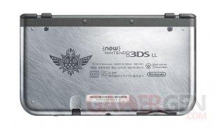 New Nintendo 3DS XL Monster Hunter 4 Ultimate 05.09.2014  (2)