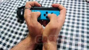 Nintendo Switch Grip Joy Con images (2)