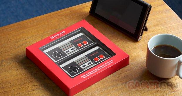 Nintendo Switch NES controller 1