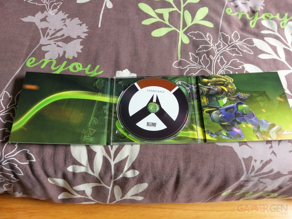 Overwatch Edition Collector Unboxing Photos Images (c)DroidXAce (12)