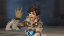 Overwatch_Tracer_waving_header