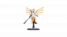ow-mercy-gold-360-large-08