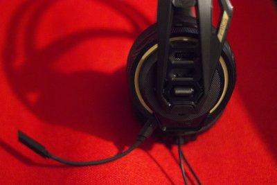 TEST - Plantronics RIG 400 Pro : un casque pour gamers confortable, et avec  de bonnes qualités sonores