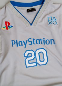 PlayStation 20th anniversary edition ve?tements Insert Coin Clothing 12