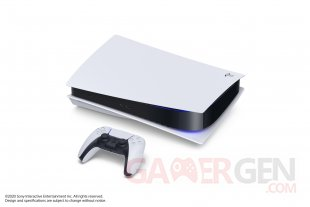 PlayStation 5 PS5 hardware console pic 2