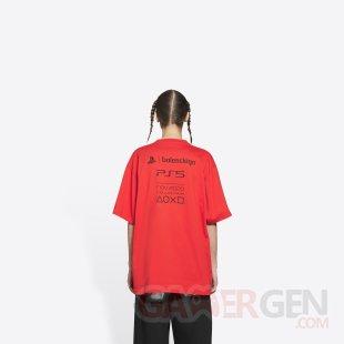 PlayStation PS5 Balenciaga T shirt rouge 5