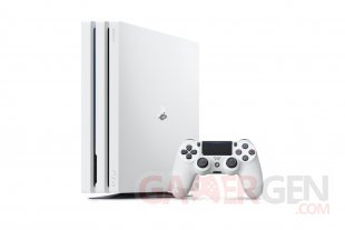 PS4 PlayStation 4 Pro Glacier White hardware 1