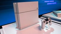 PS4 PlayStation Blanche photos 01.09.2014  (3)