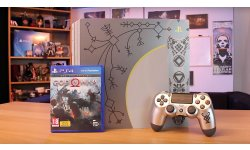 PS4 Pro God of War unboxing image