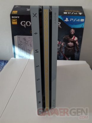 PS4 Pro Leviathan Grey collector God of War unboxing déballage 33 19 04 2018