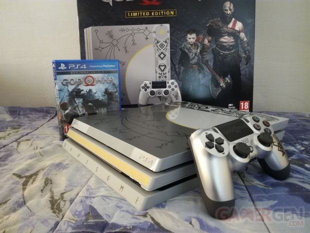 PS4 Pro Leviathan Grey collector God of War unboxing déballage 42 19 04 2018