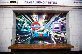 PS5 Sony Londres Metro (4)