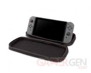 RS7939 1515657 01 NSW Stealth Case Witcher3 4 Open Switch P