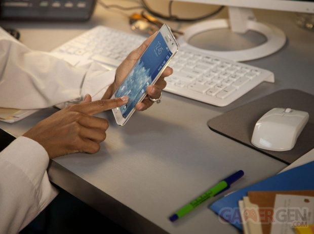 Samsung Galaxy Note Edge photos 16