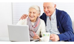 Seniors gamers sur le web