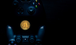 shutterstock bitcoin manette jeu video