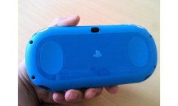 Unboxing deballage photo PSVita Aqua Blue (5)