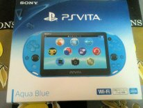 Unboxing deballage photo PSVita Aqua Blue (7)